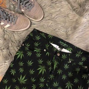 Other - Men's Weed Leaf Pants